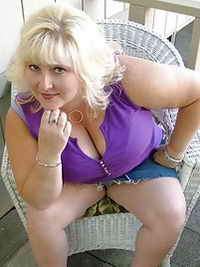 a horny lady from Mount Clemens, Michigan
