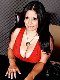 horny Saint Petersburg female
