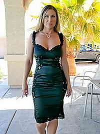a woman from Rialto, California